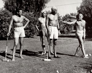 Cesar Romero, Tyrone Power, Howard Hawks y Darryl Zanuck